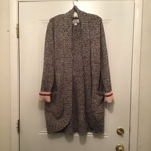 """🌲 Top Canadian Brand """"Roots"""" Long Cardigan!!"""